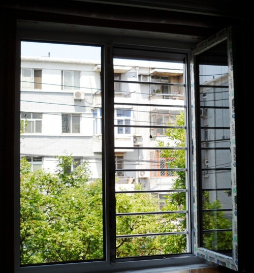新型塑钢门窗防护窗