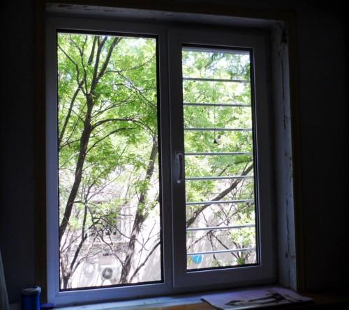 塑钢门窗平开窗