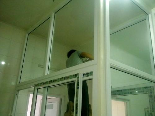 手机拍摄中铁五院机械公司塑钢门窗隔断房