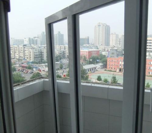 红卡断桥铝门窗安装