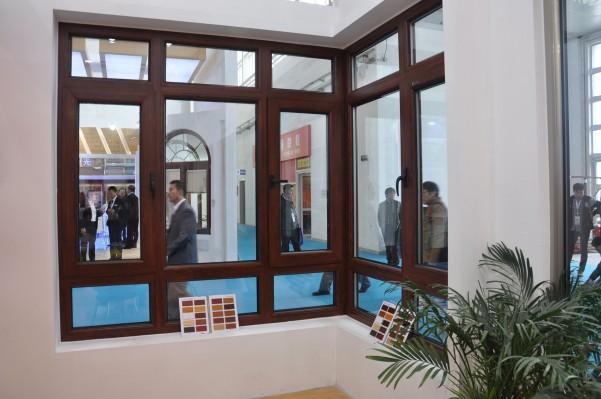 易窗网门窗:引领断桥铝门窗行业创新标杆企业