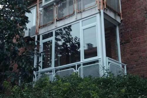 手机拍摄万科城市花园凤铝60断桥铝