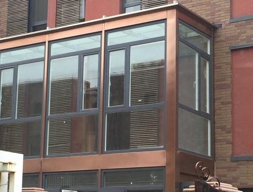 品牌门窗封阳台
